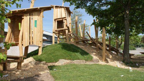 Fast fertig: Neue Spielfläche an der Pfalzgraf-Rudolf-Schule