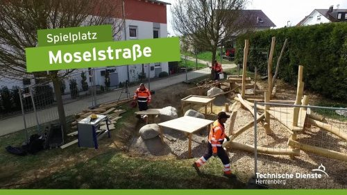 Ein neuer Matschbereich beim Spielplatz Moselstraße