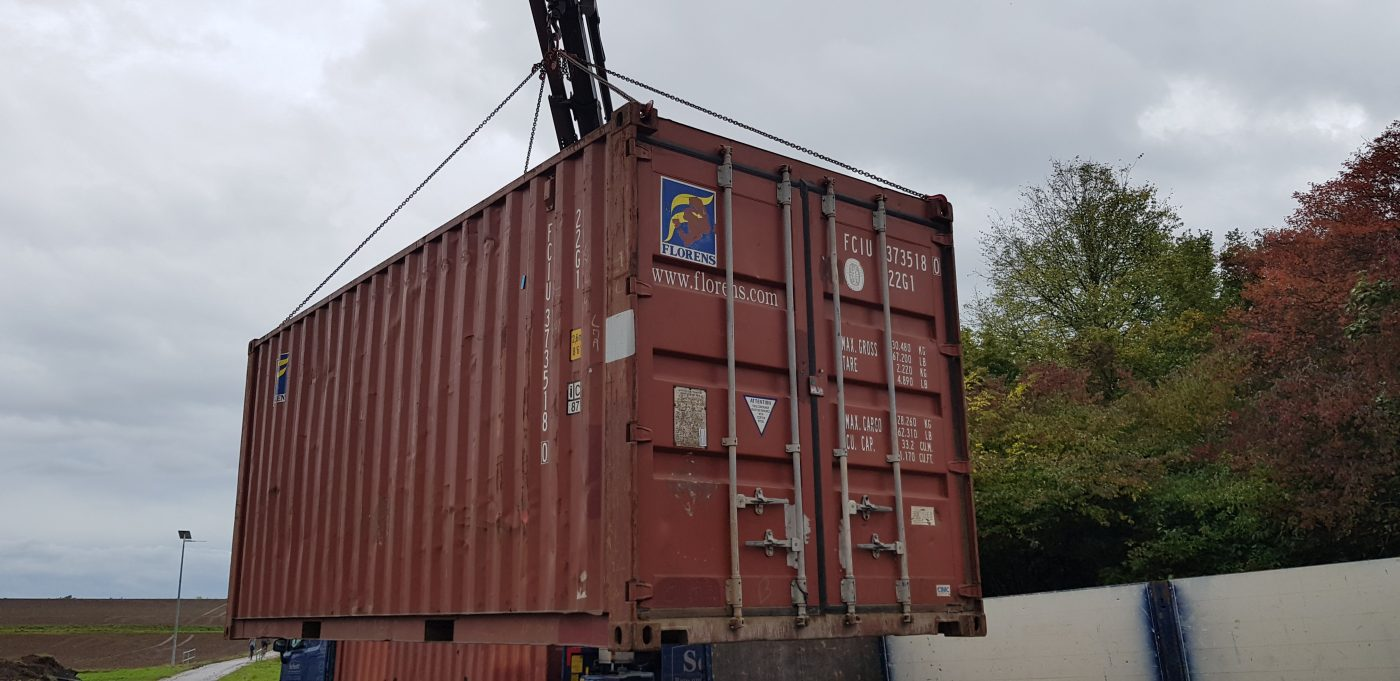 Anlieferung Container